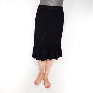 ST. JOHN Basics Knit Black Pleated Skirt 8 1006